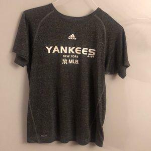 Adidas New York Yankees tee
